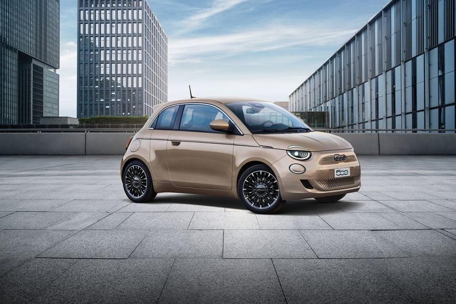 Fiat-500-e-3-più-uno